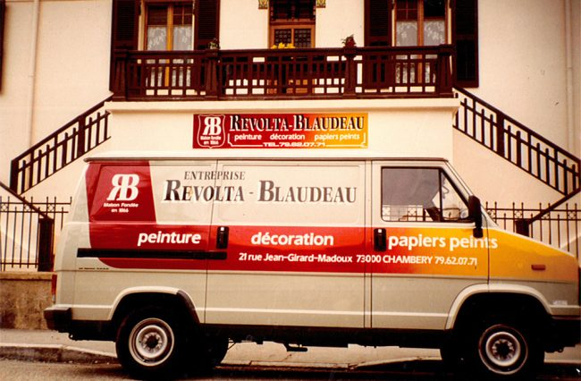 Camion Revolta - Rue Girard Madoux
